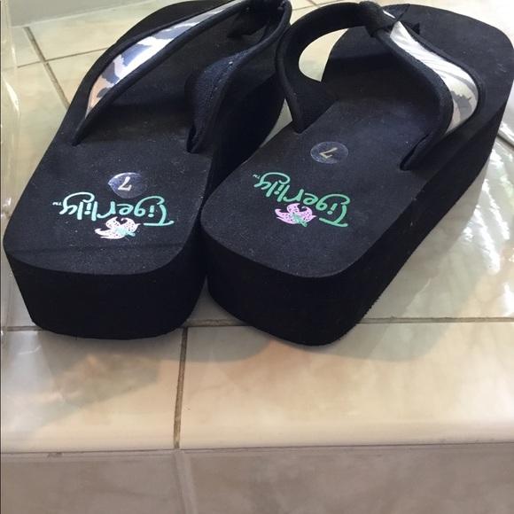interchangeable flip flops